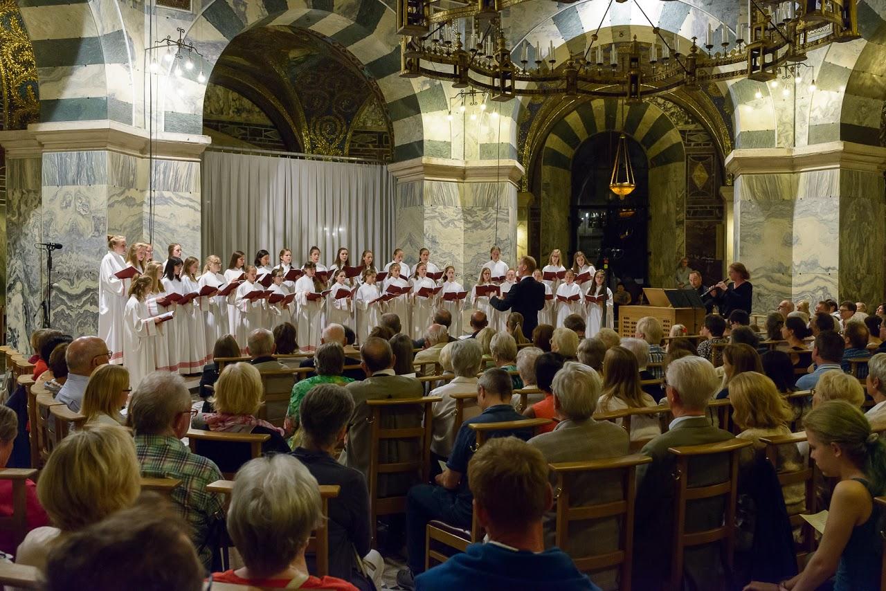 Der Mädchenchor am Aachener Dom